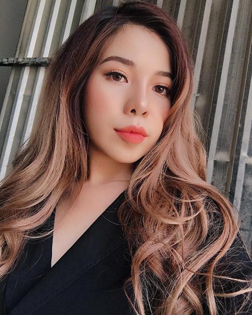Sau 7 tháng, làn da của Changmakeup đã được phục hồi. Cô nàng cũng bắt đầu tích cực quay video, chia sẻ hình ảnh trở lại.