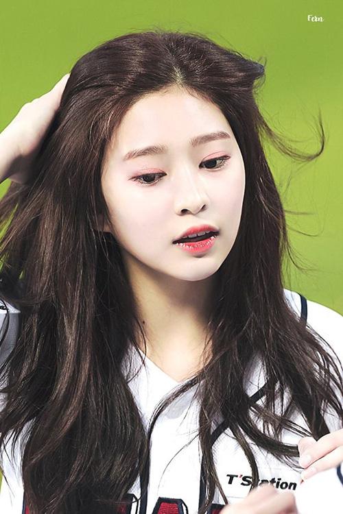Những nhan sắc đang lên khiến cộng động fan Kpop chú ý - 3