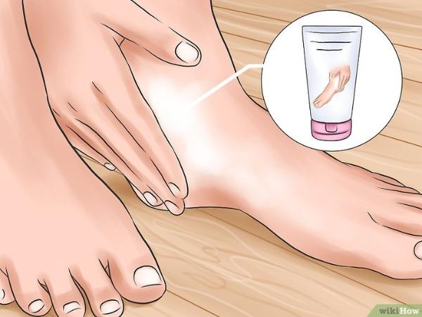 Chữa nứt gót chân cực dễ cho các cô nàng mùa lạnh - 1
