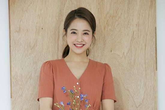 Park Bo Young là một trong những trường hợp gây hoang mang về tuổi tác khi nữ diễn viên mãi trẻ trung, có má bánh bao cute.