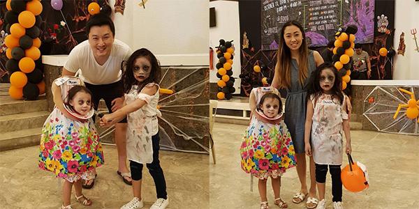 Maya bên bố mẹ và chị gái.