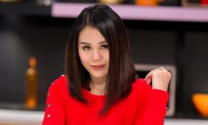 Nam Thư bị hack Facebook, đòi tiền chuộc 20 triệu đồng