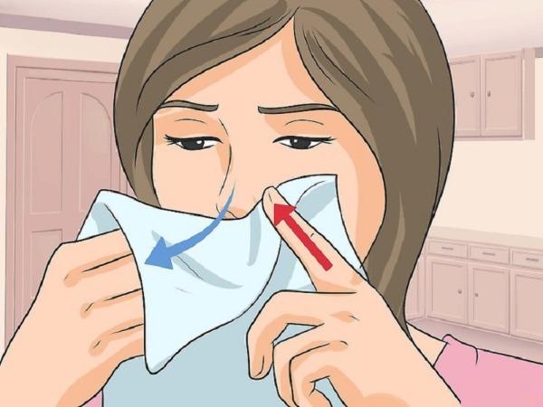 Bị cảm cúm nên xì nước mũi ra hay nuốt vào? - 1