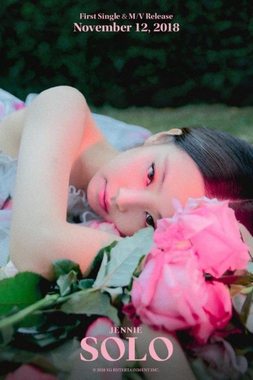 Jennie tung ảnh teaser debut mới, xóa tan nghi ngờ về concept lolita