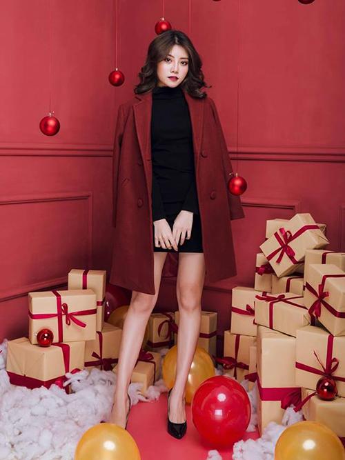 Cô gái Hà Nội Trần Phương Thảo mang nét đẹp người phụ nữ hiện đại, cá tính. Ngoài công việc kinh doanh thời trang, cô còn là người mẫu ảnh. Vì vậy, thí sinh này có một phong cách thời trang ấn tượng.