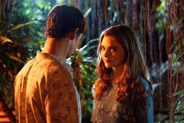 Jenny Boyd, người thủ vai nữ chính Amber cũng đã từng bị ngộ độc trong suốt 20 ngày quay phim.