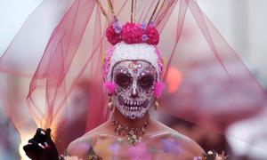 Những bức ảnh thú vị trong Ngày lễ người chết ở Mexico