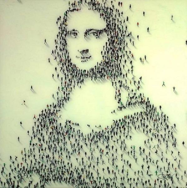 Nàng Mona Lisa được tạo nên từ hàng nghìn hình người bé nhỏ.