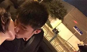 'Nam thần đam mỹ' Hoàng Cảnh Du lộ ảnh hôn nồng nàn 'vợ tin đồn'