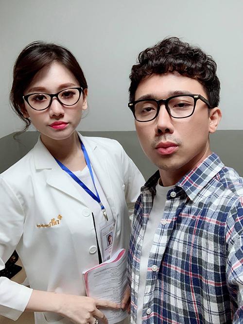 Vợ chồng Trấn Thành - Hari Won lại kết đôi trong gamshow mới,