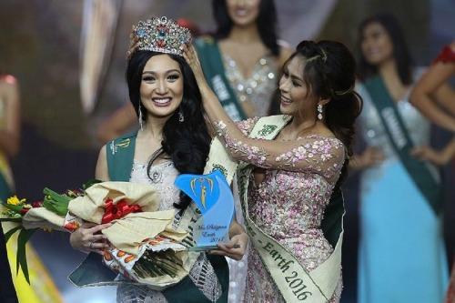 Karen là người đẹp đăng quang thiếu thuyết phục nhất trong bốn mỹ nhân Philippines.
