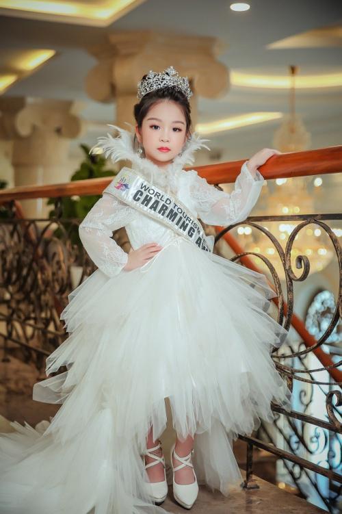 4 cô bé Việt đăng quang tại đấu trường hoa hậu nhí quốc tế - 2