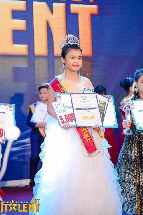 4 cô bé Việt đăng quang tại đấu trường hoa hậu nhí quốc tế - 5