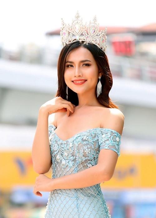 Cô gái chuyển giới được kỳ vọng kế vị Hương Giang