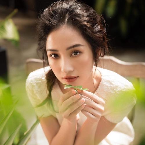 Hot girl, diễn viên Jun Vũ.