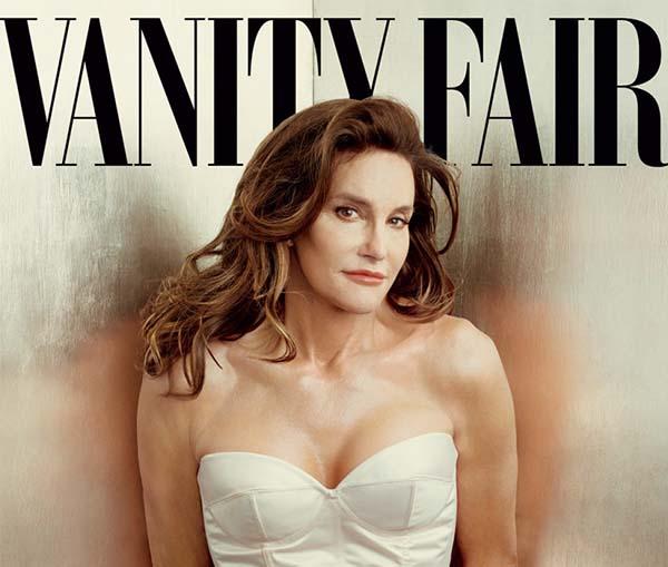 Tháng 2/2015, trong quá trình khi chuyển giới, Caitlyn Jenner mua biệt thự 3,57 triệu USD (hơn 81 tỷ VNĐ) ở Malibu, Califorinia. Nói về quyết định này, ngôi sao truyền hình thực tế cho biết bà luôn mơ ước có một căn phòng trang điểm lộng lẫy ở một nơi yên tĩnh, vắng vẻ.