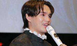 Nguyễn Trần Trung Quân bật khóc khi 'come back' với âm nhạc