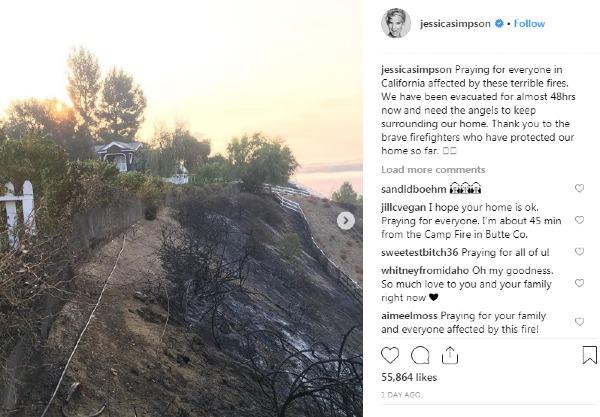 Jessica Simpson thở phào nhẹ nhõm khi nhà cô vẫn an toàn: Cầu nguyện cho tất cả người dânCalifornia bị ảnh hưởng bởi những vụ cháy khủng khiếp này. Cảm ơn các nhân viên cứu hỏa dũng cảm đã bảo vệ nhà của chúng tôi được an toàn.