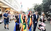 Người đồng tính rạng rỡ diễu hành trong Hanoi Pride 2018