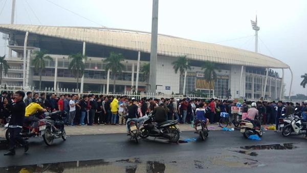 Truyền thông Thái Lan sốc vì cơn sốt vé kỳ AFF Cup ở Việt Nam - 1