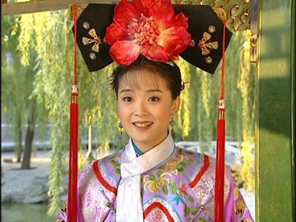 Tình Nhi do Vương Diễm thủ vai là một nhân vật đáng nhớ của Hoàn Châu cách cách.