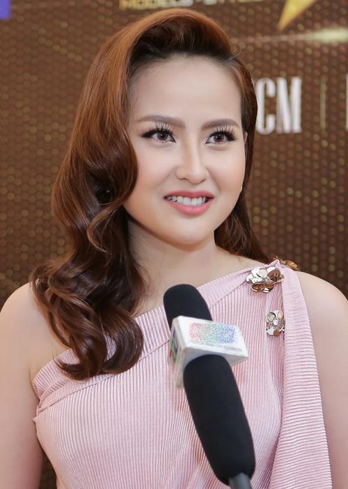 Tham dự sự kiện có Miss Globe 2017 Đỗ Trần Khánh Ngân.