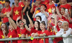 Thống kê thú vị AFF Cup: CĐV Việt 'máu lửa' nhất, Malaysia ồn ào nhất