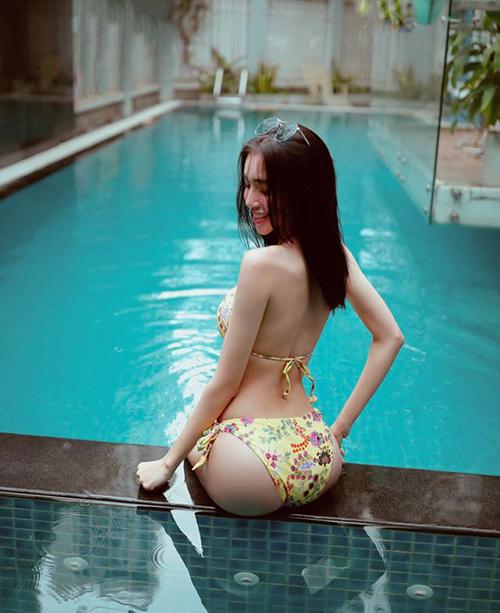 Elly Trần chứng minh mình là một trong những siêu vòng ba của Vbiz.