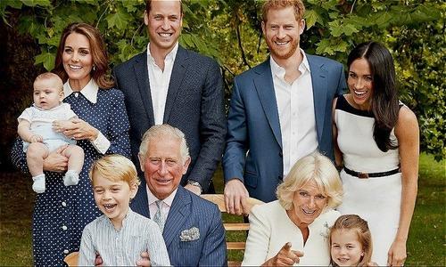 Hoàng gia Anh tung ảnh gia đình hạnh phúc sau tin đồn Charles ly hôn