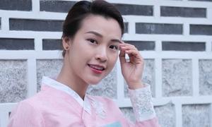 Hoàng Oanh đẹp dịu dàng khi hóa gái Hàn