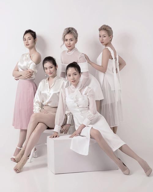 Trúc Diễm đã mời những người bạn thân thiết là các ngôi sao nổi tiếng ở nhiều lĩnh vực nghệ thuật như: Quỳnh Chi, Băng Di, Bùi Việt Hà, Thảo Trang