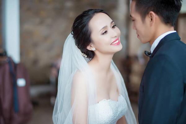 Những cô vợ nóng bỏng của tuyển thủ Việt Nam và Malaysia