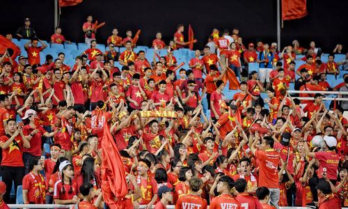 Báo Hàn Quốc trầm trồ về CĐV Việt Nam 'họ như thể đang dự World Cup'