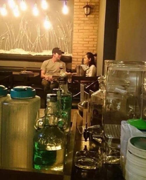 Chi Pu nhiều lần bị bắt gặp hẹn hò cùng trai đẹp Hàn Quốc - 1