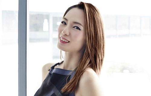 Cùng thời với Phạm Văn Phương, Trịnh Tú Trân cũng được xem mỹ nhân đệ nhất trên màn ảnh nước này. Nếu như Phạm Văn Phương là vẻ đẹp ngọt ngào trong sáng thì Trịnh Tú Trân mang vẻ quyến rũ, mạnh mẽ.