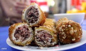 Viên cá bọc thịt ở 'thiên đường ẩm thực' Trung Yên, Hà Nội