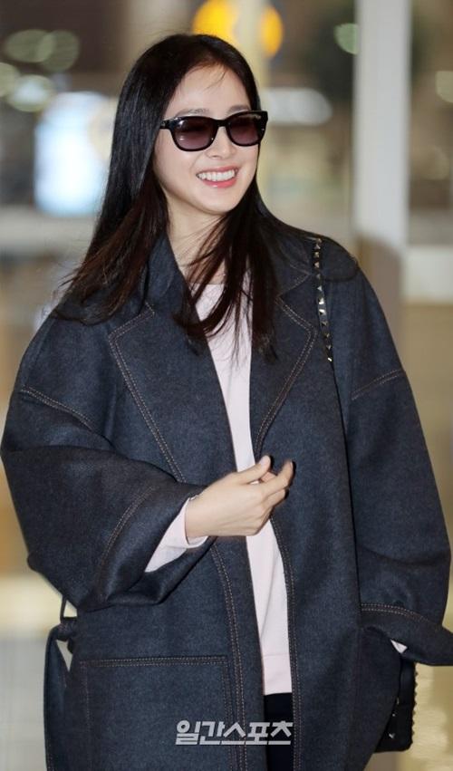 Những khoảnh khiến Kim Tae Hee được bình chọn là gương mặt đẹp nhất Hàn Quốc