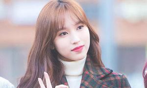 Twice khoe nhan sắc, Hani đẹp rạng rỡ khi đến Music Bank