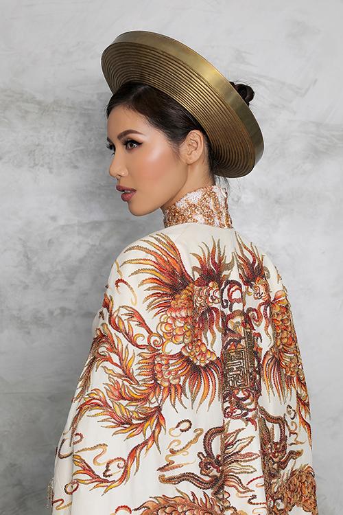 Trang phục dân tộc của Minh Tú mang màu sắc con rồng cháu tiên - 2