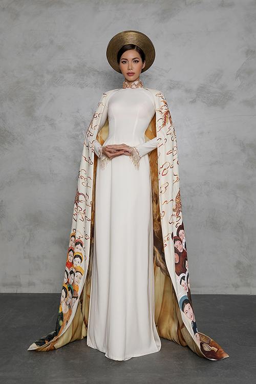 Trang phục dân tộc của Minh Tú mang màu sắc con rồng cháu tiên
