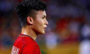 Quang Hải dẫn đầu cuộc đua Cầu thủ xuất sắc của AFF Cup