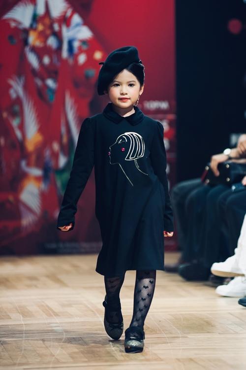 Á hậu nhí 6 tuổi gốc Việt tỏa sáng ở Tuần lễ thời trang Malaysia - 2