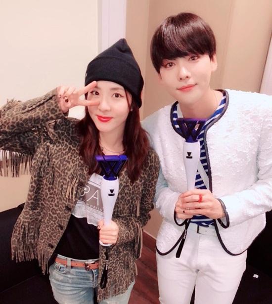 Bộ đôi visual dễ thương của nhà YG - Dara và Jin Woo - có khá nhiều nét tương đồng.