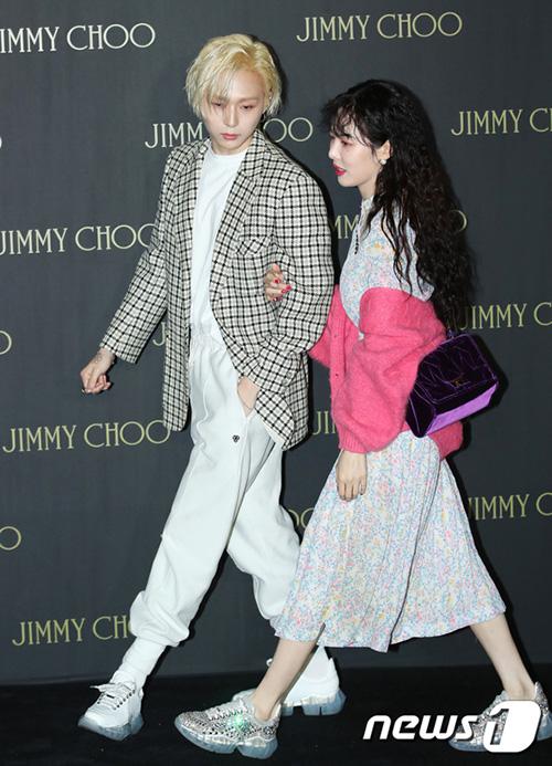 Hyun Ah hóa cô nàng e ấp khi lần đầu xuất hiện cùng bạn trai EDwan - 2