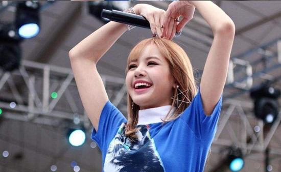 Bạn hiểu cô nàng xinh đẹp Lisa (Black Pink) đến đâu? (2) - 3