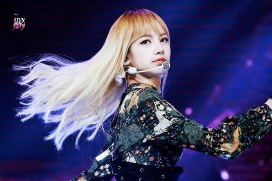 Bạn hiểu cô nàng xinh đẹp Lisa (Black Pink) đến đâu? (2) - 4