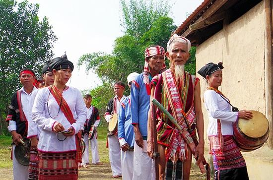 Trang phục truyền thống của các dân tộc Việt, bạn biết bao nhiêu? (2) - 3