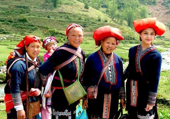 Trang phục truyền thống của các dân tộc Việt, bạn biết bao nhiêu? (2) - 5