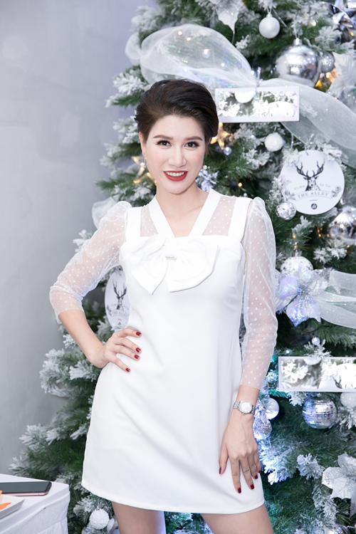 Người mẫu Trang Trần.
