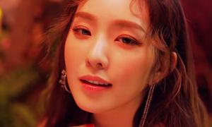 Red Velvet tung MV mới, fan tưởng Tae Yeon 'đi lạc'